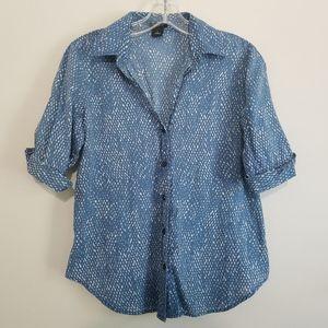 Ann Taylor Blue & White Graphic Button Down Blouse